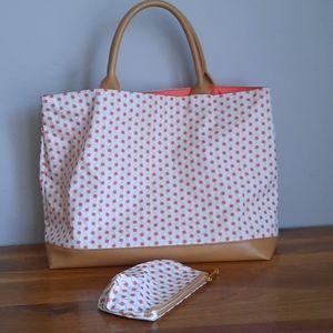 Estee Lauder Women Bags Totes